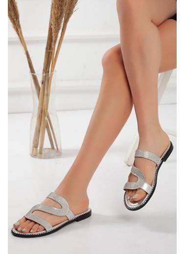 Dilimler Ayakkabı Terlik Gümüş
